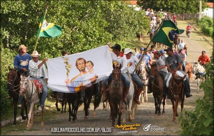Conheça-um-pouco-sobre-a-tradição-das-cavalgadas-nordestinas